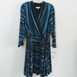 """NWT""Sandra Darren 